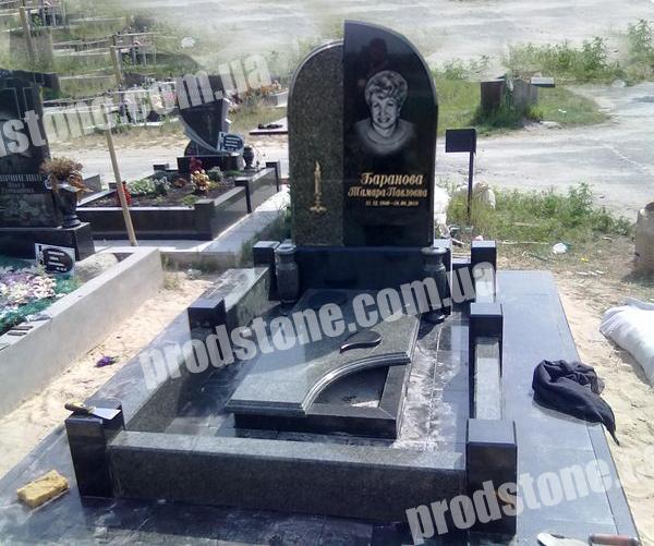 Памятники из гранита прайс изготовление памятников в краснодаре норильске
